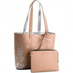 Torebka CALVIN KLEIN - Inside Out Med Shopp K60K604378 905. Czerwone torebki klasyczne damskie Calvin Klein, ze skóry ekologicznej, duże. Za 599,00 zł.