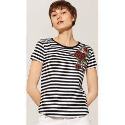 T-shirty damskie: T-shirt z aplikacją – Wielobarwn
