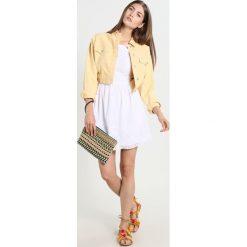 Sukienki hiszpanki: Abercrombie & Fitch EYELET  Sukienka letnia white