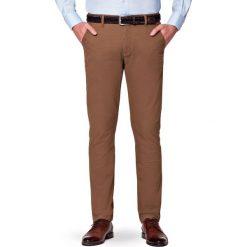 Spodnie Beżowe Chino Paul. Brązowe chinosy męskie LANCERTO, w kolorowe wzory, z bawełny. Za 299,90 zł.