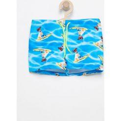 Kąpielówki - Niebieski. Niebieskie kąpielówki chłopięce marki Reserved, m. W wyprzedaży za 19,99 zł.