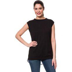 Koszulka w kolorze czarnym. Czarne bluzki damskie Mavi, xs, z okrągłym kołnierzem. W wyprzedaży za 85,95 zł.