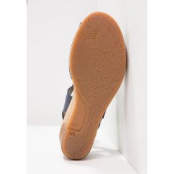 El Naturalista LEAVES Sandały na platformie ocean. Niebieskie sandały damskie El Naturalista, z materiału, na koturnie. W wyprzedaży za 375,20 zł.