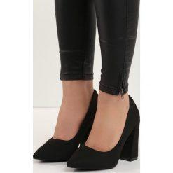 Czarne Czółenka Tell Me. Czarne buty ślubne damskie Born2be, ze szpiczastym noskiem, na słupku. Za 79,99 zł.