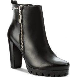 Botki LASOCKI - MOKKA-03 Czarny. Czarne buty zimowe damskie Lasocki, ze skóry, na obcasie. Za 279,99 zł.