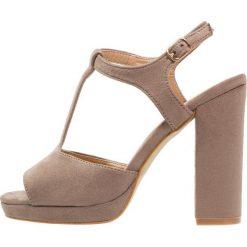 Rzymianki damskie: Refresh Sandały na obcasie taupe
