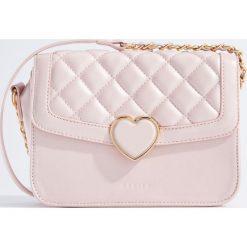 Torebki i plecaki damskie: Mała torebka z pikowaniem - Różowy