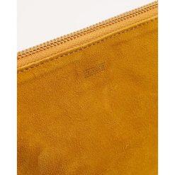 CLOSED POUCH Portfel yellow poppy. Żółte portfele damskie marki CLOSED. Za 419,00 zł.