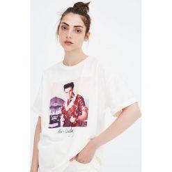 Koszulka z Elvisem Presleyem. Szare t-shirty damskie Pull&Bear. Za 69,90 zł.