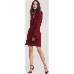 Bordowa Sukienka We Belong to the Music. Czerwone sukienki balowe marki other, uniwersalny, z dzianiny, dekolt w kształcie v, z długim rękawem, mini, dopasowane. Za 89,99 zł.