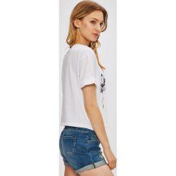 Miss Poem - Top. Białe topy damskie marki Miss Poem, l, z aplikacjami, z bawełny, z okrągłym kołnierzem. W wyprzedaży za 39,90 zł.