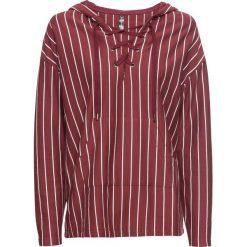 Bluza z kapturem i sznurowaniem bonprix czerwony klonowy - biały w paski. Czerwone bluzy z kapturem damskie bonprix, w paski. Za 59,99 zł.