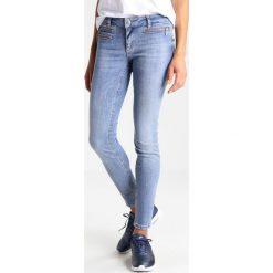 Liu Jo Jeans BOTTOM UP CHARMING     Jeans Skinny Fit light blue. Niebieskie rurki damskie Liu Jo Jeans. W wyprzedaży za 419,30 zł.