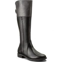 Oficerki TAMARIS - 1-25530-29 Black/Graphite 050. Czarne buty zimowe damskie marki Tamaris, ze skóry ekologicznej, przed kolano, na wysokim obcasie, na obcasie. W wyprzedaży za 289,00 zł.