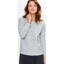 Swetry klasyczne damskie: Sweter w kolorze szarym
