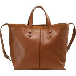 KIOMI Torba na zakupy cognac. Brązowe torebki klasyczne damskie KIOMI. W wyprzedaży za 208,45 zł.