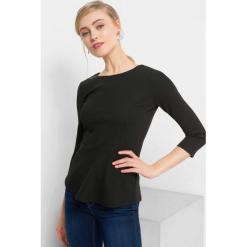 Koszulka z baskinką. Brązowe bluzki longsleeves marki Orsay, s, z dzianiny. Za 69,99 zł.