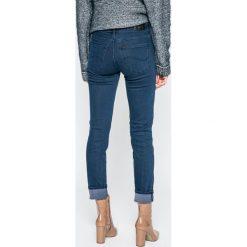 Lee - Jeansy Elly. Niebieskie jeansy damskie rurki Lee, z bawełny. W wyprzedaży za 219,90 zł.
