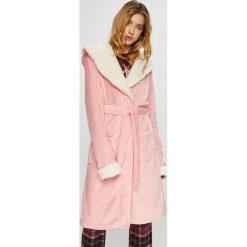 Chelsea Peers - Szlafrok Plain Pink Gown. Różowe szlafroki kimona damskie Chelsea Peers, l, z dzianiny. W wyprzedaży za 139,90 zł.