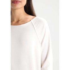 Bluzy rozpinane damskie: Juvia CREW WITH WAISTBAND  Bluza ecru