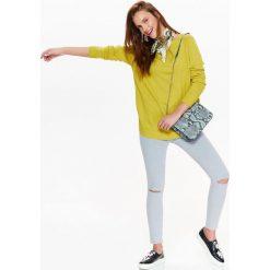Swetry oversize damskie: SWETER DAMSKI W KOLORZE SOCZYSTEJ LIMONKI, NOWOCZESNY FASON