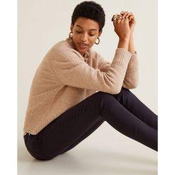 Mango - Jeansy Belle. Czarne jeansy damskie rurki Mango, z bawełny. Za 129,90 zł.