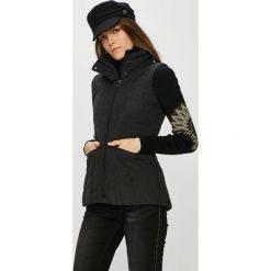 Desigual - Kurtka. Czarne kurtki damskie pikowane Desigual, s, z bawełny. W wyprzedaży za 499,90 zł.