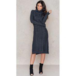 Sukienki: NA-KD Dzianinowa sukienka z rozcięciami – Grey