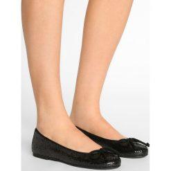 Pretty Ballerinas KYLIE Baleriny black. Czarne baleriny damskie marki Pretty Ballerinas. W wyprzedaży za 463,20 zł.