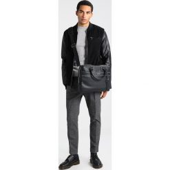 Chinosy męskie: Calvin Klein PAVET Chinosy grey