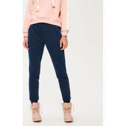 Spodnie dresowe damskie: Spodnie dresowe – Granatowy