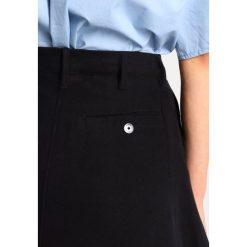 GStar BRONSON ULTRA HIGH ALINE FULL SKIRT Spódnica trapezowa black. Czarne spódniczki trapezowe marki G-Star, xs, z bawełny. W wyprzedaży za 443,40 zł.