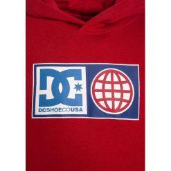 DC Shoes GLOBAL SALUTE BOY Bluza z kapturem tango red. Czarne bluzy dziewczęce rozpinane marki DC Shoes, z bawełny. W wyprzedaży za 233,10 zł.