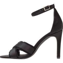 Sandały damskie: New Look UNRAVELLED Sandały na obcasie black
