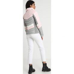 Superdry OFFSHORE CHEVRON FUJI Kurtka zimowa blush mix. Szare kurtki damskie zimowe marki Superdry, l, z nadrukiem, z bawełny, z okrągłym kołnierzem. Za 549,00 zł.