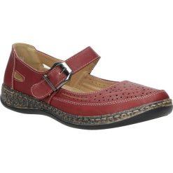 Czerwone półbuty na koturnie 9572-4. Czerwone buty ślubne damskie marki Casu, na koturnie. Za 59,99 zł.
