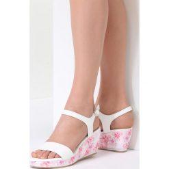 Biało-Różowe Sandały Little Things. Czerwone sandały damskie vices, na koturnie. Za 79,99 zł.