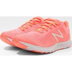 Buty sportowe damskie: New Balance WXAGL Obuwie treningowe pink