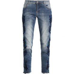 Boyfriendy damskie: Betty & Co Jeansy Straight Leg blue denim