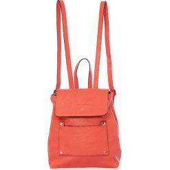 """Plecaki damskie: Skórzany plecak """"Bridget"""" w kolorze koralowym – 25 x 29 x 15 cm"""