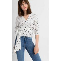Bluzki asymetryczne: Bluzka wiązana z boku