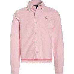 Polo Ralph Lauren Koszula pink. Niebieskie bluzki dziewczęce bawełniane marki Adidas, z kontrastowym kołnierzykiem, z krótkim rękawem. W wyprzedaży za 269,10 zł.