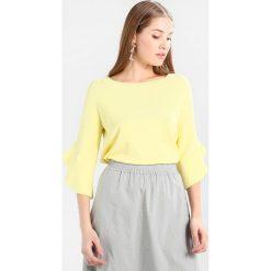 Swetry klasyczne damskie: talkabout Sweter silky lemon