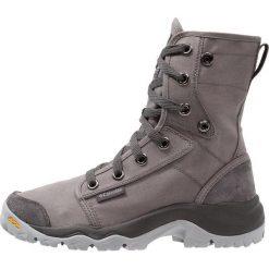 Columbia CAMDEN Buty trekkingowe titanium/grey. Szare buty trekkingowe męskie Columbia, z gumy, outdoorowe. Za 569,00 zł.