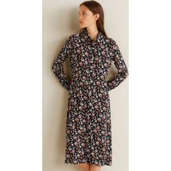 Mango - Sukienka Monu. Szare długie sukienki marki Mango, na co dzień, l, z tkaniny, casualowe, z dekoltem halter, na ramiączkach, rozkloszowane. Za 199,90 zł.
