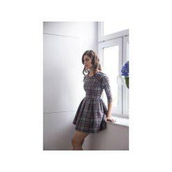 Sukienka Latte Szara Krata. Szare sukienki na komunię Kozacki Mops, do pracy, m, moro, biznesowe, rozkloszowane. Za 259,00 zł.