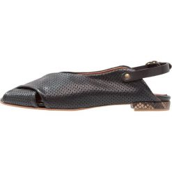 Lilimill DELMAR Sandały seta nero. Czarne sandały damskie lilimill, z materiału. W wyprzedaży za 431,20 zł.