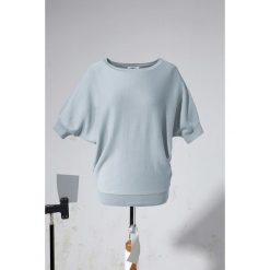 Swetry klasyczne damskie: Sweter bonprix srebrnoszary