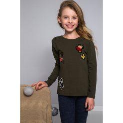 T-shirty dziewczęce: Bluzka z Naszywkami khaki NDZ8129