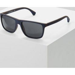 Emporio Armani Okulary przeciwsłoneczne top blue/brown rubber. Brązowe okulary przeciwsłoneczne męskie wayfarery Emporio Armani. Za 569,00 zł.